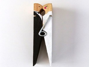 DIY-clothespin-bride-and-groom