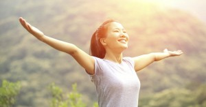 26313-woman-asianwoman-outside-nature-armsout-armsopen-lookingup-lookingout-praise-praising-happy.1200w.tn